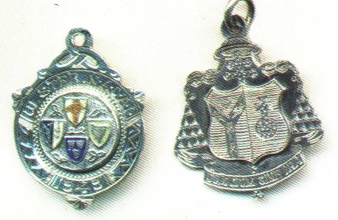 Cardinal's-medal